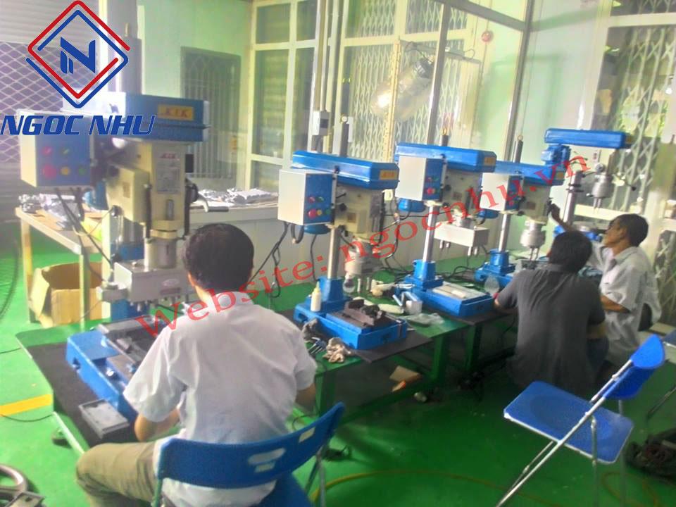 Nhà cung cấp máy ta rô tự động 4 mũi