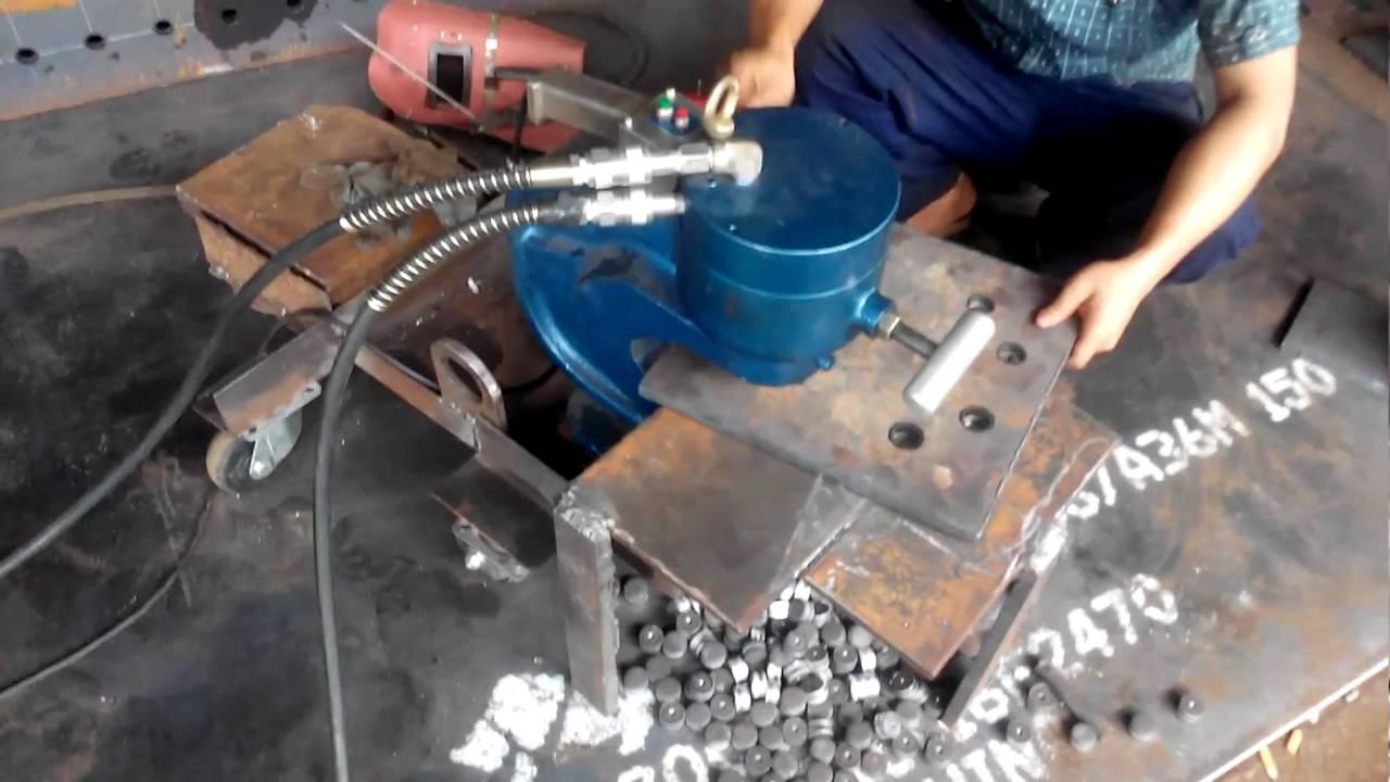 Ứng dụng máy đột lỗ thủy lực trong gia công sản xuất